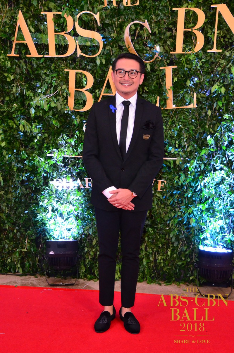 ABS-CBN Ball 2018: the cast of Ngayon at Kailanman slaying the red carpet