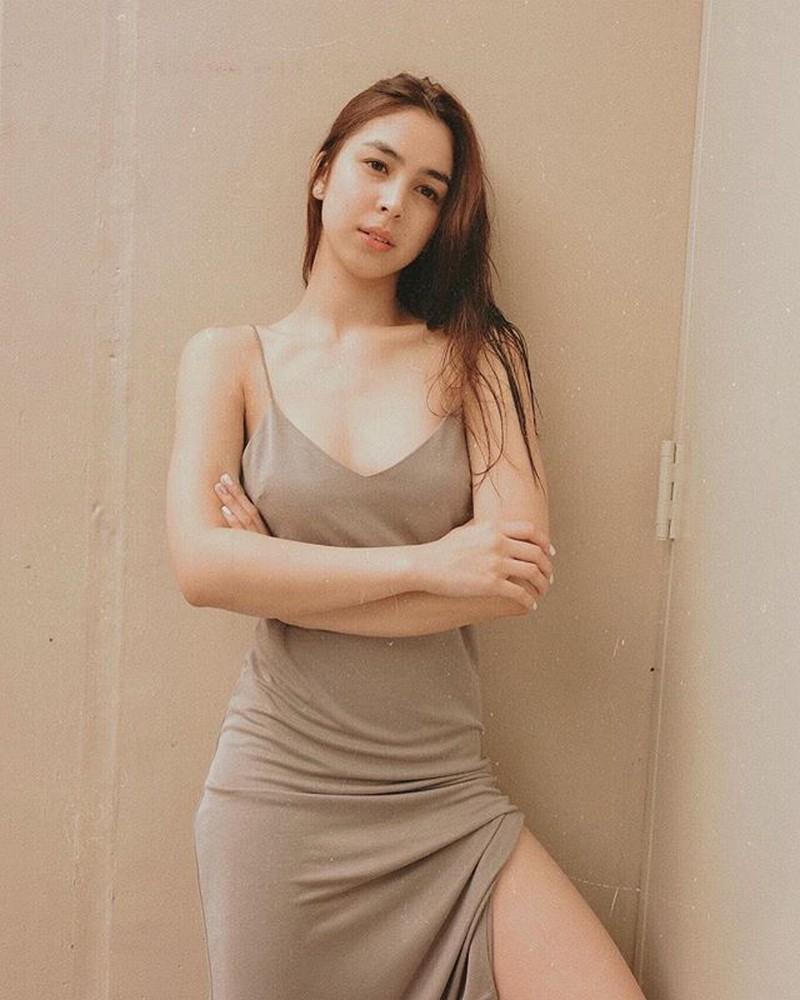 Mga litrato ng mga artistang maganda pa rin kahit walang makeup