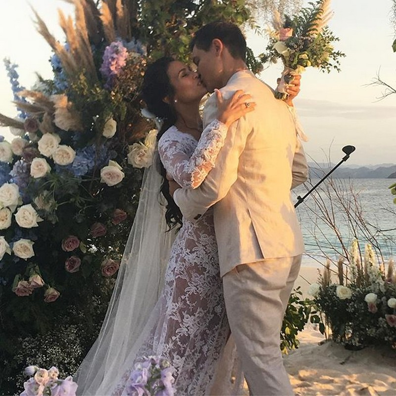 LOOK: Iza Calzado wows everyone with her glowing beauty on her wedding day!